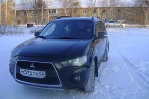 Подержанный автомобиль Mitsubishi Outlander, отличное состояние, 2011 года выпуска, цена 830 000 руб., Ханты-Мансийск