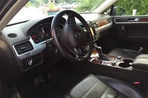 Подержанный автомобиль Volkswagen Touareg, отличное состояние, 2011 года выпуска, цена 1 670 000 руб., Казань