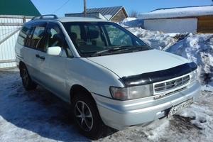 Автомобиль Nissan Prairie, среднее состояние, 1998 года выпуска, цена 150 000 руб., Бийск