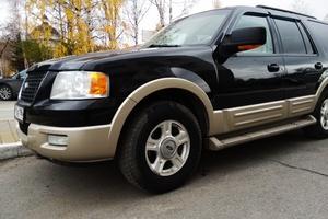 Автомобиль Ford Expedition, отличное состояние, 2005 года выпуска, цена 830 000 руб., Ханты-Мансийск