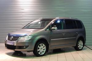 Авто Volkswagen Touran, 2007 года выпуска, цена 410 000 руб., Москва
