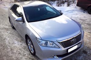 Подержанный автомобиль Toyota Camry, отличное состояние, 2012 года выпуска, цена 890 000 руб., Челябинск