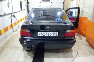 Автомобиль BMW M3, среднее состояние, 1993 года выпуска, цена 249 000 руб., Москва
