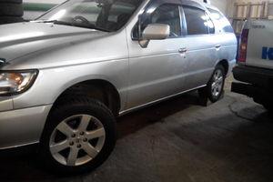 Автомобиль Nissan R'nessa, хорошее состояние, 1998 года выпуска, цена 270 000 руб., Нерюнгри