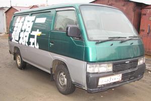 Автомобиль Nissan Caravan, среднее состояние, 1997 года выпуска, цена 299 000 руб., Хабаровск