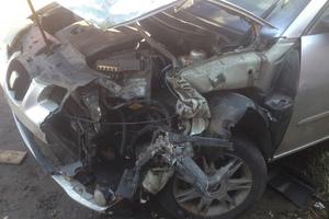 Автомобиль SEAT Cordoba, битый состояние, 2003 года выпуска, цена 50 000 руб., Санкт-Петербург