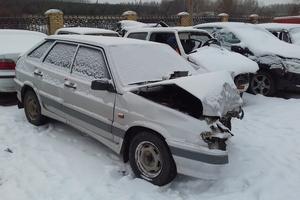 Автомобиль ВАЗ (Lada) 2114, битый состояние, 2005 года выпуска, цена 25 000 руб., Нижнекамск