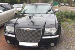 Автомобиль Chrysler 300C, отличное состояние, 2008 года выпуска, цена 750 000 руб., Челябинск