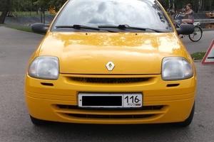 Подержанный автомобиль Renault Clio, хорошее состояние, 2002 года выпуска, цена 127 000 руб., Казань
