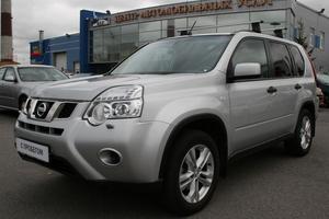 Авто Nissan X-Trail, 2013 года выпуска, цена 920 000 руб., Санкт-Петербург