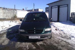 Автомобиль Chrysler Grand Voyager, отличное состояние, 1998 года выпуска, цена 330 000 руб., Екатеринбург