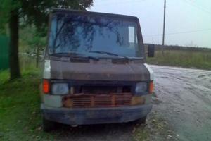 Автомобиль Mercedes-Benz T1, плохое состояние, 1991 года выпуска, цена 50 000 руб., Гатчина