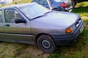 Автомобиль SEAT Toledo, среднее состояние, 1992 года выпуска, цена 55 000 руб., Сыктывкар
