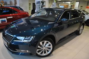 Авто Skoda Superb, 2016 года выпуска, цена 2 740 832 руб., Москва