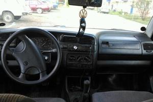 Подержанный автомобиль Volkswagen Vento, среднее состояние, 1993 года выпуска, цена 32 000 руб., республика Татарстан