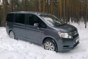 Автомобиль Honda Stepwgn, отличное состояние, 2010 года выпуска, цена 930 000 руб., Абакан
