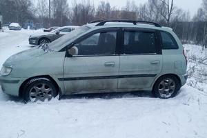 Автомобиль Hyundai Lavita, среднее состояние, 2001 года выпуска, цена 140 000 руб., Москва