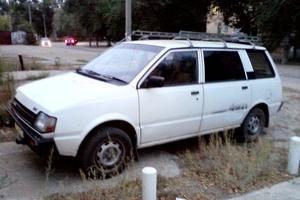 Автомобиль Mitsubishi Chariot, среднее состояние, 1986 года выпуска, цена 75 000 руб., Волгоград