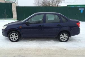 Подержанный автомобиль ВАЗ (Lada) Granta, отличное состояние, 2013 года выпуска, цена 249 000 руб., Смоленская область