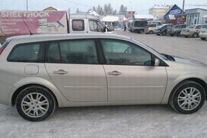 Автомобиль Renault Megane, хорошее состояние, 2008 года выпуска, цена 390 000 руб., Ханты-Мансийск