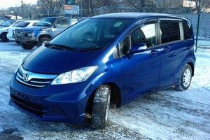 Автомобиль Honda Freed, отличное состояние, 2012 года выпуска, цена 595 000 руб., Хабаровск