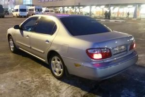 Автомобиль Nissan Maxima, хорошее состояние, 2001 года выпуска, цена 300 000 руб., Омск