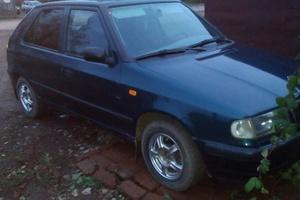 Автомобиль Skoda Felicia, хорошее состояние, 1998 года выпуска, цена 80 000 руб., Кировская область
