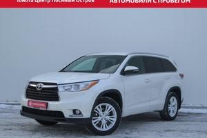 Авто Toyota Highlander, 2015 года выпуска, цена 2 350 000 руб., Москва
