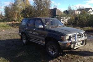 Автомобиль Toyota Hilux Surf, среднее состояние, 1989 года выпуска, цена 250 000 руб., Брянск
