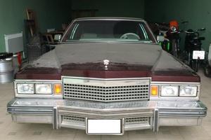 Автомобиль Cadillac De Ville, хорошее состояние, 1984 года выпуска, цена 1 500 000 руб., Оренбург