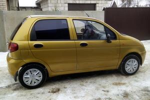 Подержанный автомобиль Daewoo Matiz, хорошее состояние, 2004 года выпуска, цена 95 000 руб., Рославль
