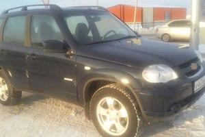 Подержанный автомобиль Chevrolet Niva, хорошее состояние, 2012 года выпуска, цена 380 000 руб., Ханты-Мансийск