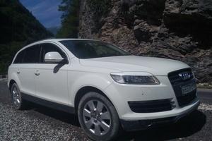 Подержанный автомобиль Audi Q7, хорошее состояние, 2007 года выпуска, цена 1 220 000 руб., Краснодар