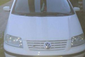 Автомобиль Volkswagen Sharan, хорошее состояние, 2003 года выпуска, цена 320 000 руб., Белгород