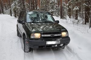 Автомобиль Chevrolet Tracker, хорошее состояние, 2000 года выпуска, цена 260 000 руб., Нижний Тагил