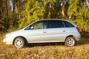 Автомобиль Toyota Nadia, хорошее состояние, 1999 года выпуска, цена 350 000 руб., Ленинск-Кузнецкий