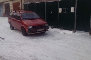 Автомобиль Mitsubishi Space Wagon, хорошее состояние, 1989 года выпуска, цена 130 000 руб., Москва