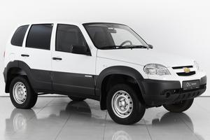 Авто Chevrolet Niva, 2015 года выпуска, цена 490 000 руб., Ростовская область
