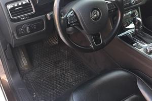 Подержанный автомобиль Volkswagen Touareg, отличное состояние, 2011 года выпуска, цена 1 650 000 руб., Казань