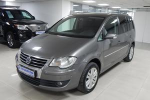Авто Volkswagen Touran, 2007 года выпуска, цена 420 000 руб., Москва