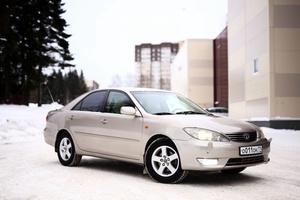 Автомобиль Toyota Camry, отличное состояние, 2004 года выпуска, цена 550 000 руб., Сыктывкар
