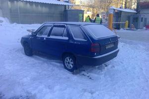 Автомобиль Skoda Felicia, среднее состояние, 1997 года выпуска, цена 30 000 руб., Москва