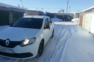 Подержанный автомобиль Renault Logan, хорошее состояние, 2014 года выпуска, цена 360 000 руб., Челябинск