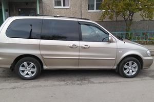 Автомобиль Kia Carnival, хорошее состояние, 2005 года выпуска, цена 370 000 руб., Санкт-Петербург