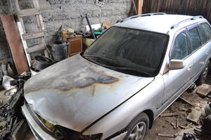 Автомобиль Mazda Capella, битый состояние, 1999 года выпуска, цена 50 000 руб., Томск