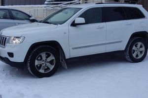Автомобиль Jeep Cherokee, отличное состояние, 2012 года выпуска, цена 1 650 000 руб., Сургут