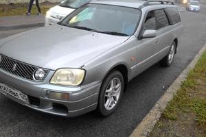 Автомобиль Nissan Stagea, хорошее состояние, 2001 года выпуска, цена 270 000 руб., Владивосток