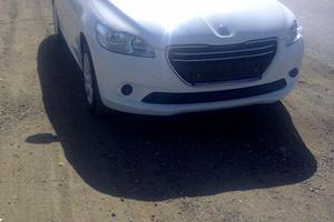 Автомобиль Peugeot 301, отличное состояние, 2013 года выпуска, цена 480 000 руб., Оренбург