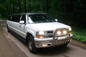 Автомобиль Chevrolet Suburban, отличное состояние, 2002 года выпуска, цена 990 000 руб., Тула