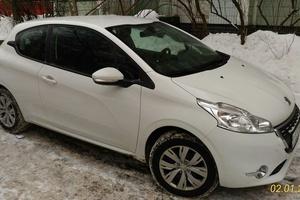 Автомобиль Peugeot 208, отличное состояние, 2013 года выпуска, цена 510 000 руб., Москва